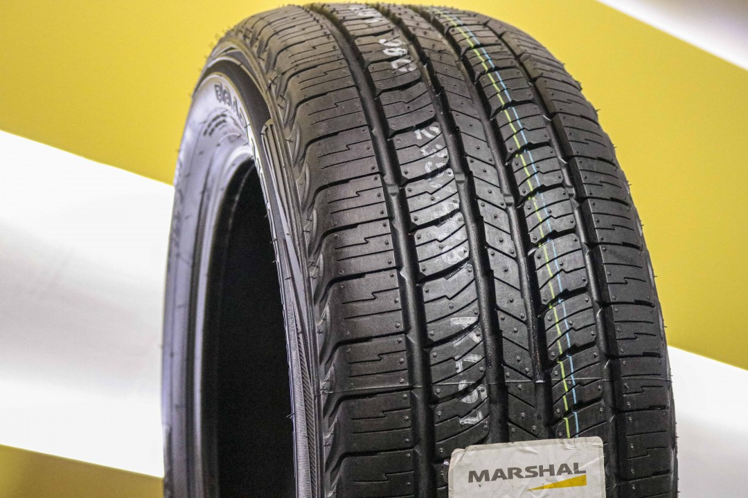Marshal Road Venture KL 51 235/55R18