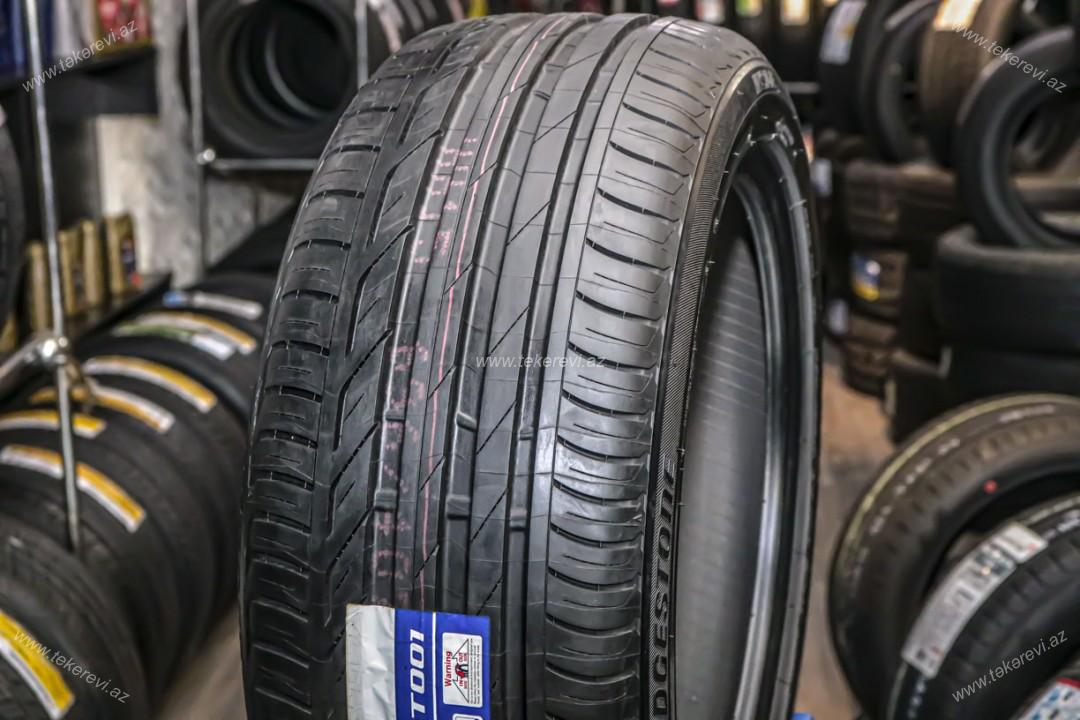 Bridgestone Turanza T001 235/45R17