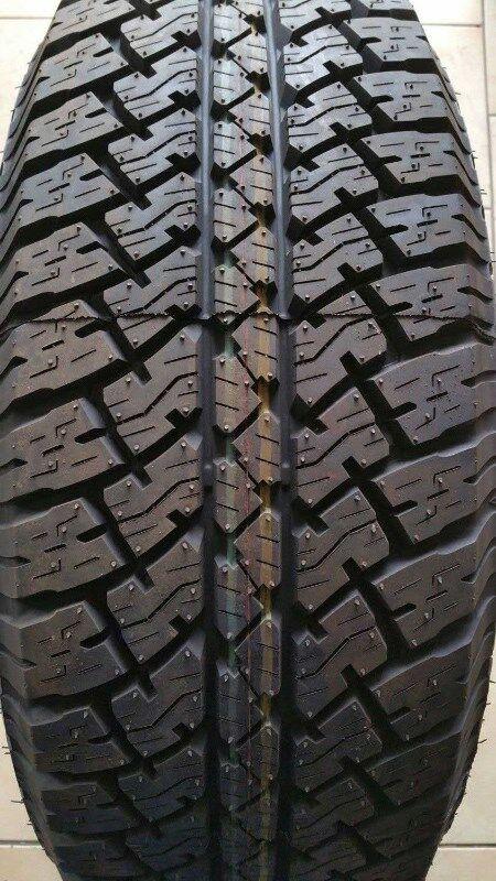 Bridgestone- Dueler A/T D693-245/75R17-112H