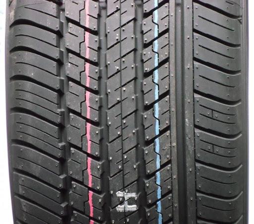 Dunlop ST 30 225/65R17