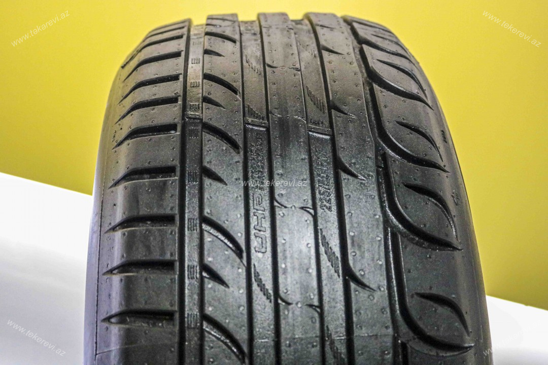 Riken Ultra High Performance 225/50R17