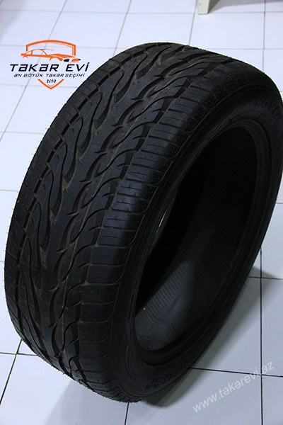 Toyo Tires Proxes ST 305/45R22